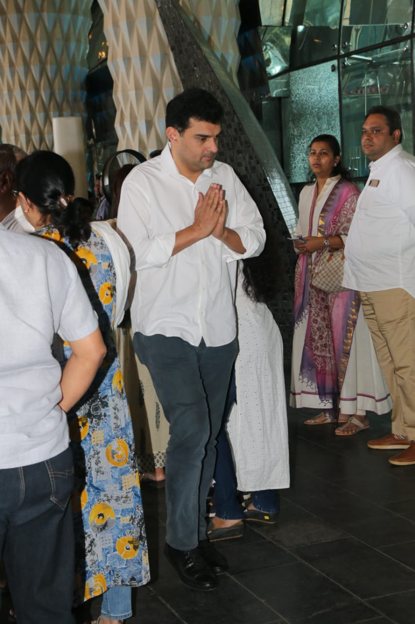 Siddharth Roy Kapur at Raj Kumar Barjatya's prayer meet