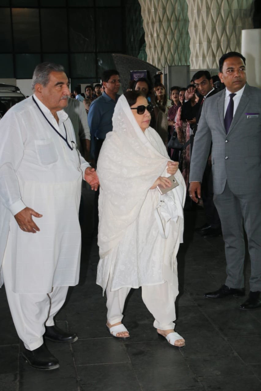 Farida Jalal at Raj Kumar Barjatya's prayer meet
