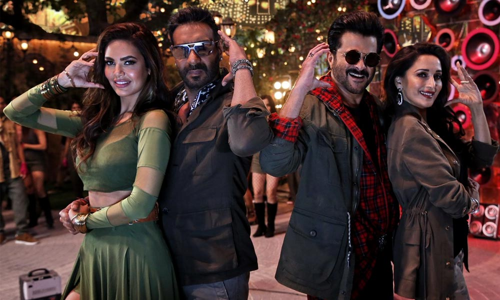 Total Dhamaal review Ajay Devgn - Madhuri Dixit - Anil Kapoor steal the show