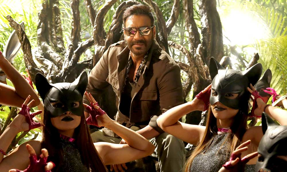 Total Dhamaal box office collection day 3: Ajay Devgn's film earns Rs 62.40 crore over the first weekend