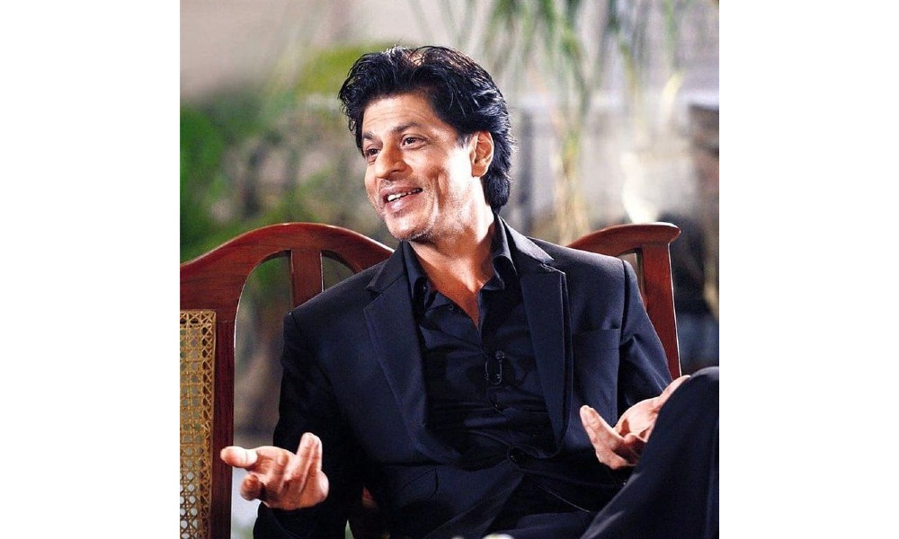 Shah-Rukh-Khan-gets-late-for-event