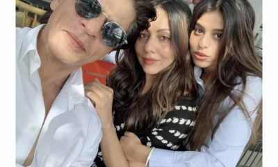 ShahRukhKhan-GauriKhan-SuhanaKhan at graduation ceremony
