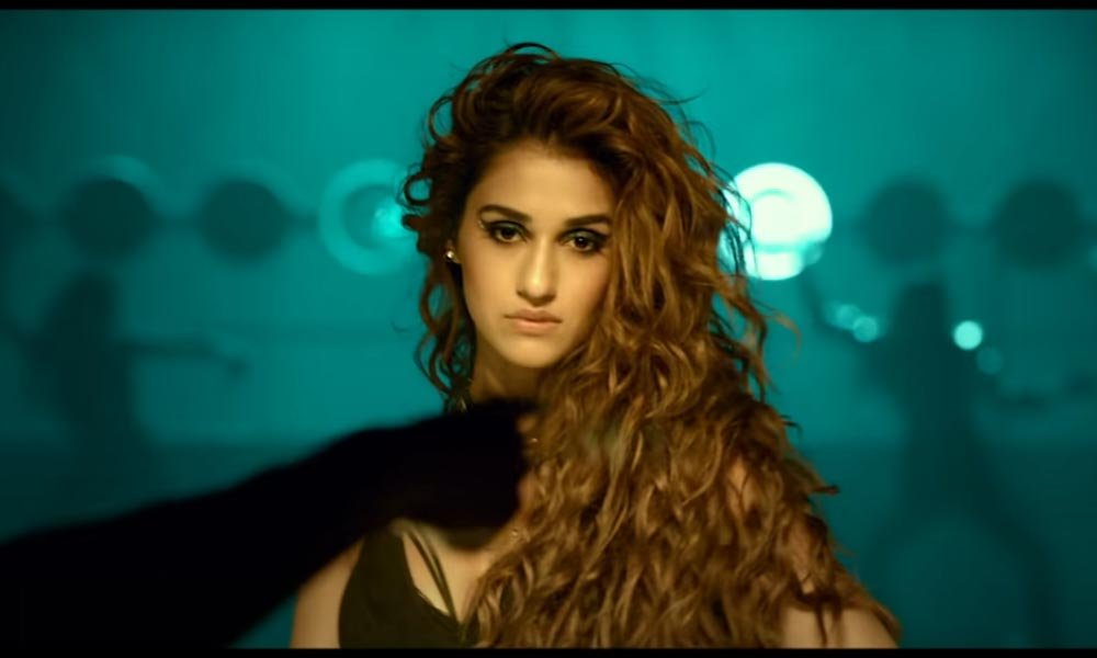 Fans smother Disha Patani with praises on her newest song 'SeetiMaar', read  the best reactions here! - CineBlitz